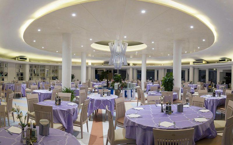 servizio-fotografico-Hotel-Stromboli-ristorante-interno